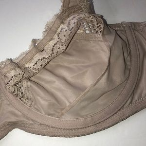 Leonisa Intimates & Sleepwear - Woman's Leonids lace bra. Size 38C Color brown